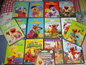 159081902_huge-15-dvd-lotsesame-streetelmos-worldtoddler-little-